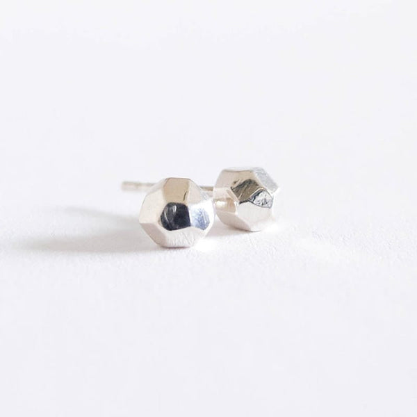 Upper Metal Class Sunset Rocks Faceted Stud Earrings