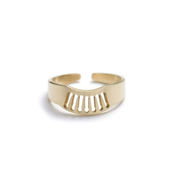 Zaca adjustable fan ring in brass front view