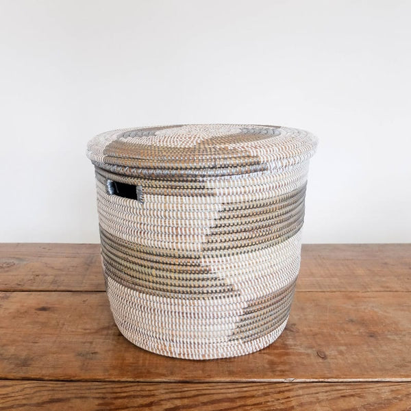 Medium Lidded Senegal Basket in Silver and White