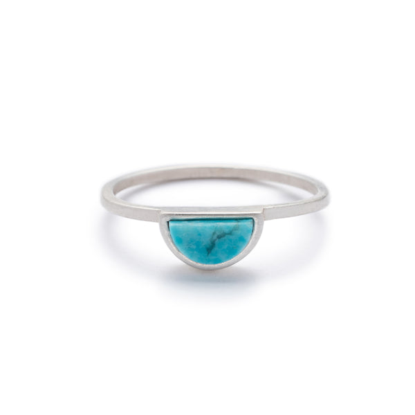 Sterling Silver Sisa ring with Kingman turquoise front view