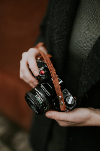 Thin brown leather camera shoulder strap for mirrorless and film camera