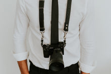 Load image into Gallery viewer, MOON Classic Black Leather Shoulder Camera Strap for DSLR