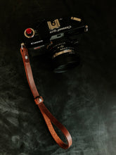 Load image into Gallery viewer, MOON Lite Everyday | Leather Wrist Strap