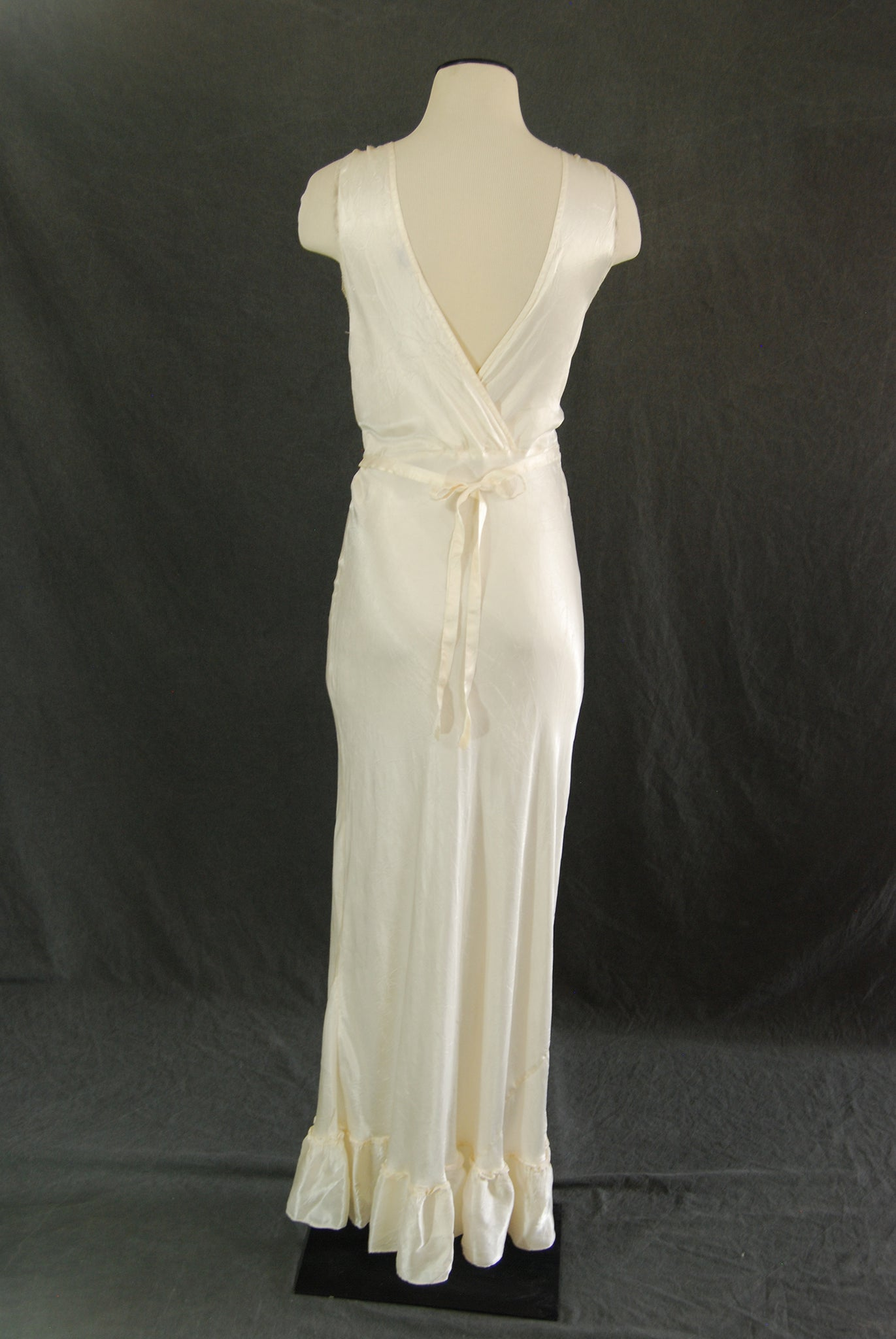 9f70a737f ... vintage 30 40s Silk Robe and Night Gown - 1930s 1940s White Satin Bias  Cut Peignoir ...