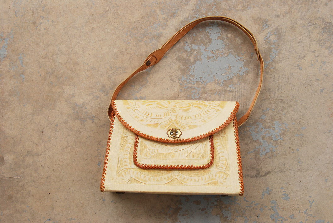 vintage 60s White Tooled Leather Purse - 1950s Cream Leather Western Purse Shoulder Bag
