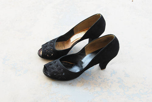 vintage 40s High Heels - 1940s Peep Toe Shoes Black Suede Cut Out Heels Sz 9 40