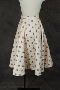 vintage 50s Circle Skirt - 1950s Beige Floral Swiss Dot Quilted Circle Skirt Sz XS