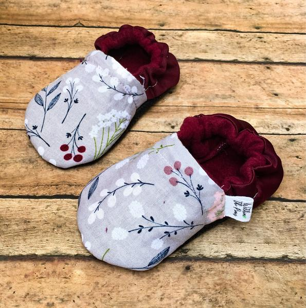 Gray & Maroon Floral Moccasins