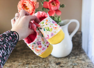 Dainty Spring Floral Moccs