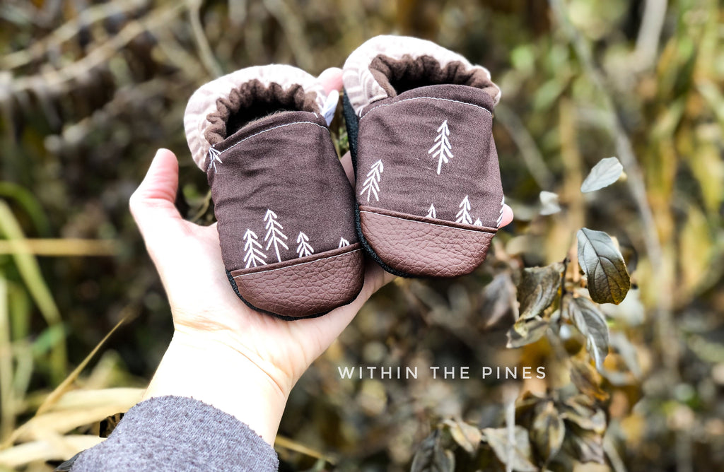 Bark Brown Pine Tree Moccs
