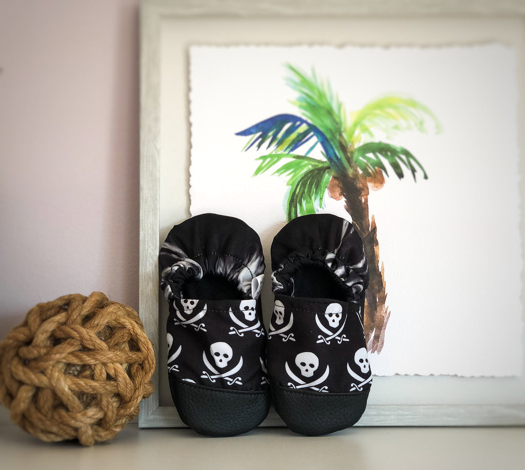 SWIM MOCCS// Pirates