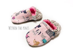 Pink Puppy Dog Moccs