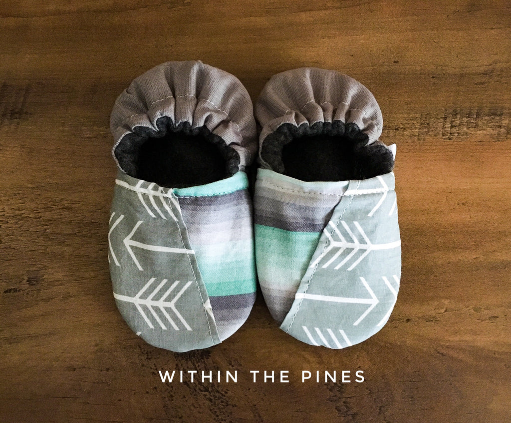 Stripe Arrow Half & Half Ombre Moccs
