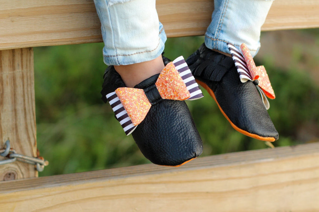 Halloween Bow Moccs