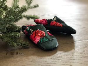 Christmas Floral Moccasins