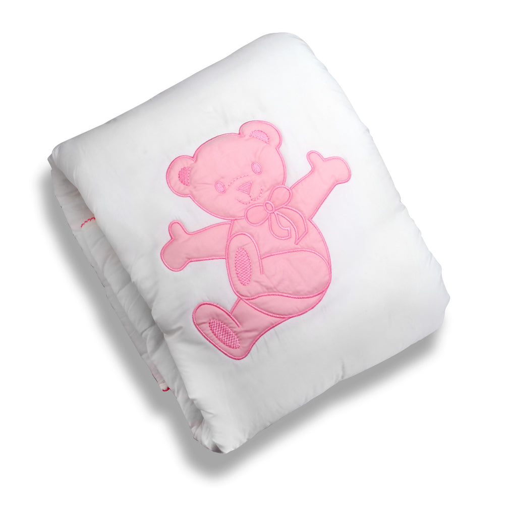 Quilted blanket with pink lazy bear