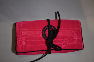 Jewel Roll cerise with black trim