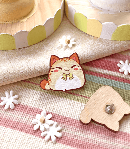 Dapper Nyanpan Mini Wood Pin