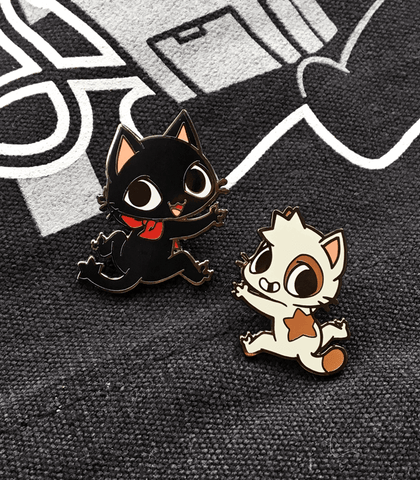 Glitch cat enamel pin