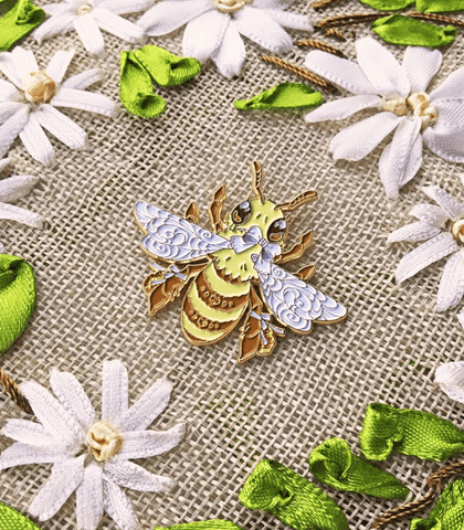 Honey bee enamel pin