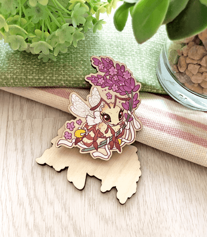 Lavender Honey Bee Wood Pin