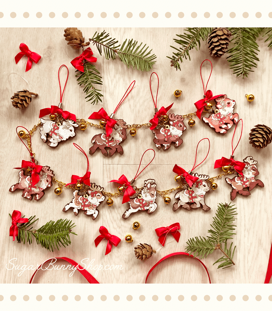 Santa's Reindeer Wood Ornament Garland
