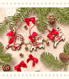 Santa's Reindeer Wood Ornaments mini garland