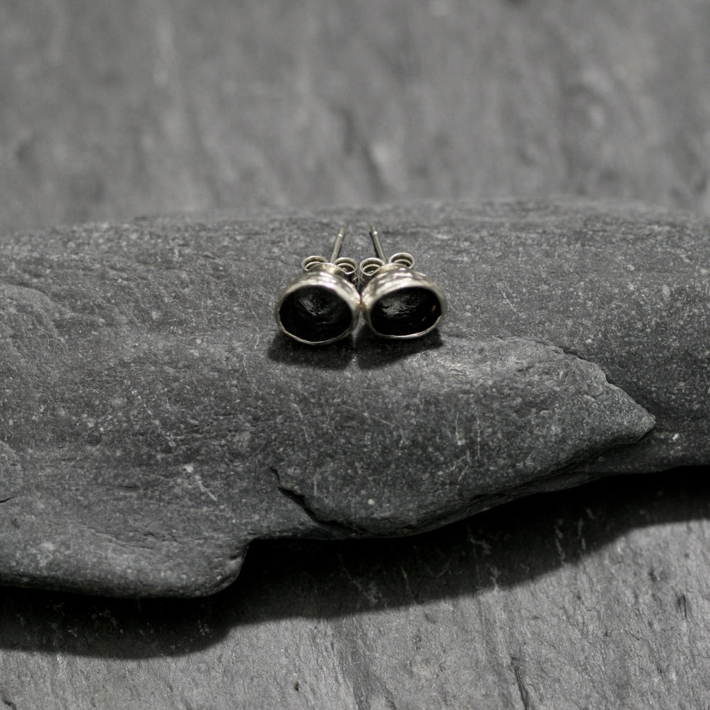 Acorn Small Stud Earrings
