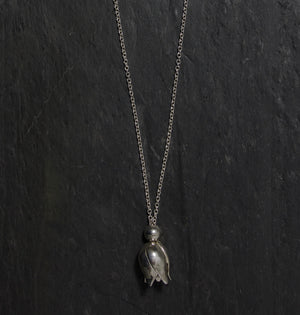 Fritillaria Long Necklace