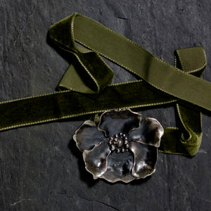 Large Poppy Choker