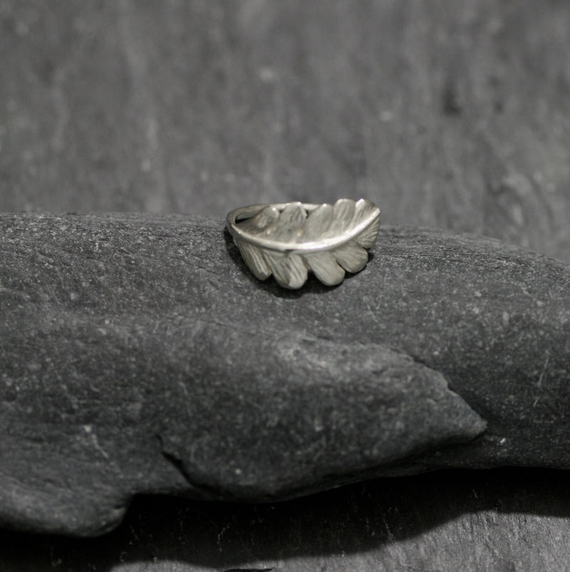 Oak Leaf Single Ring