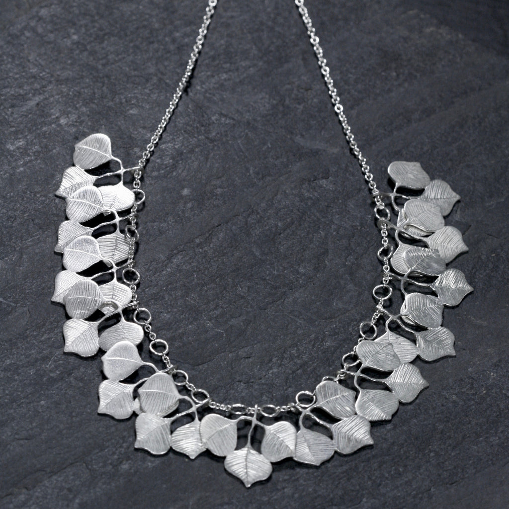 Grand Tallow Necklace