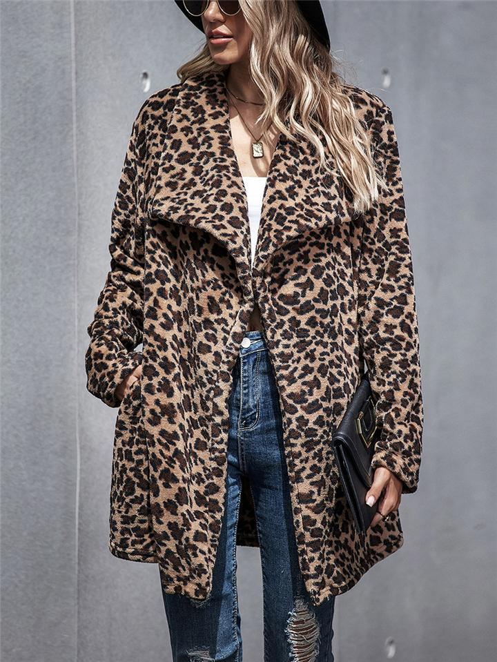Ultra Cozy Lapel Collar Leopard Printed Pocket Midi Coat