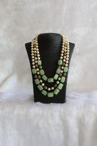 Multi-faceted Green Pearl Necklace