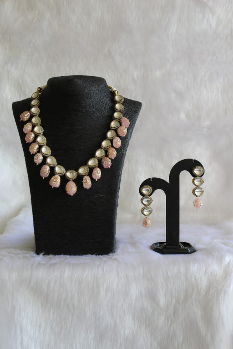 Feminine Pink Pearl Necklace Set
