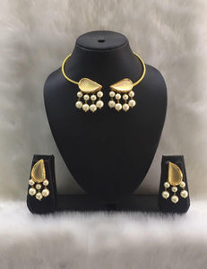 Pearl and Gold Plated Choker Necklace Set-FASHION KIDA-Fashion Kida
