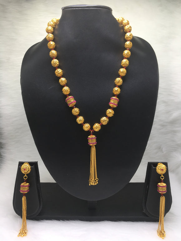 Lustouries Maginified Gold Plated Necklace Set