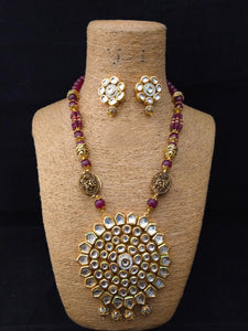 Facanative Enriched Kundan Necklace Set