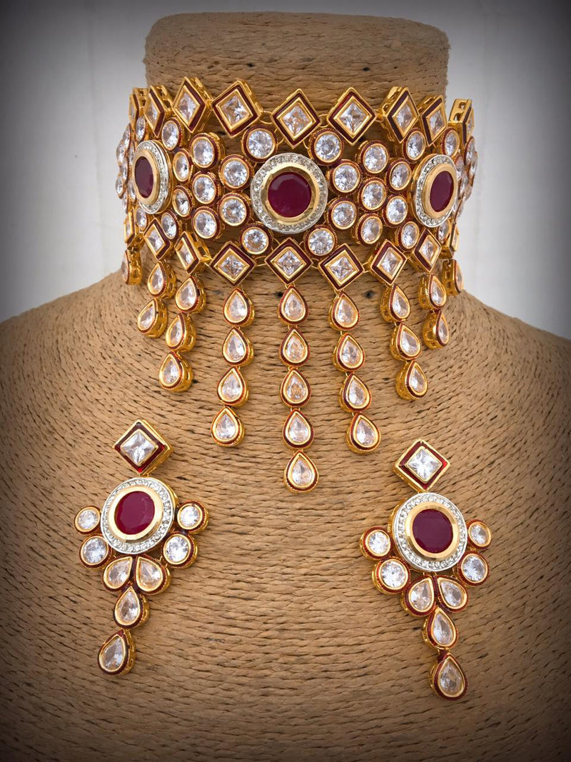 Sassy enlightend Kundan Necklace Set