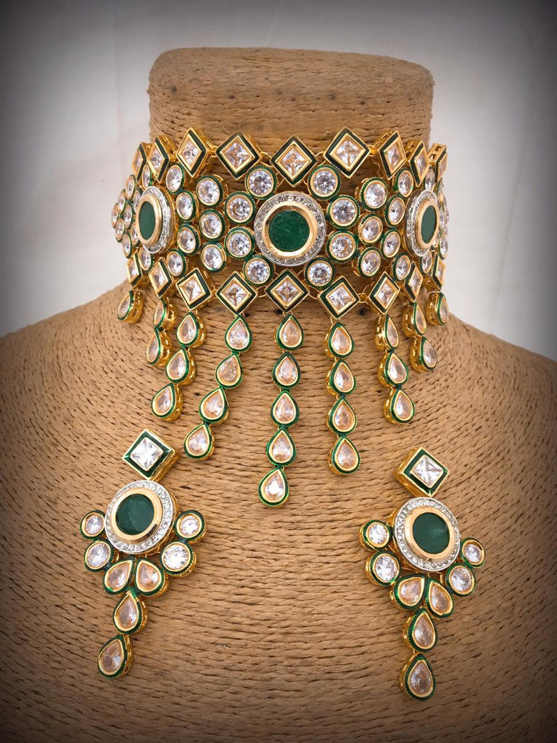 Versatile Realness Kundan Necklace Set