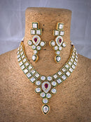 Hinged Lovely Kundan Necklace Set