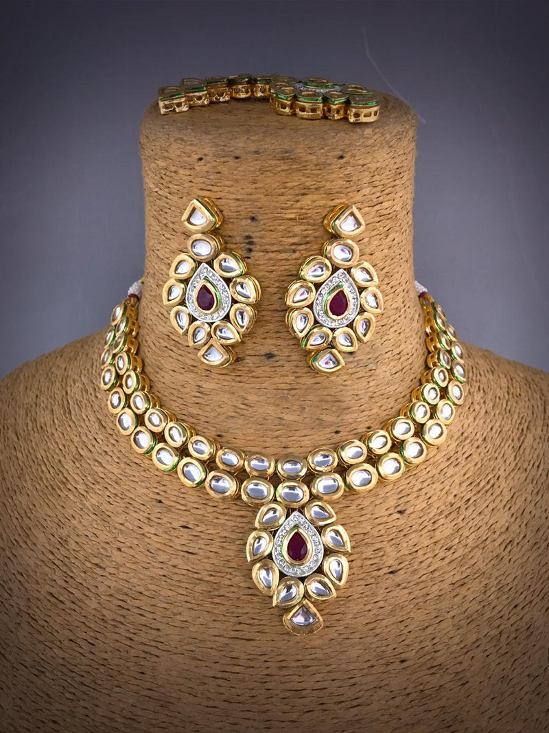 Acrylic Graving Kundan Necklace Set