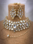 Brilliant entouching Necklace Set