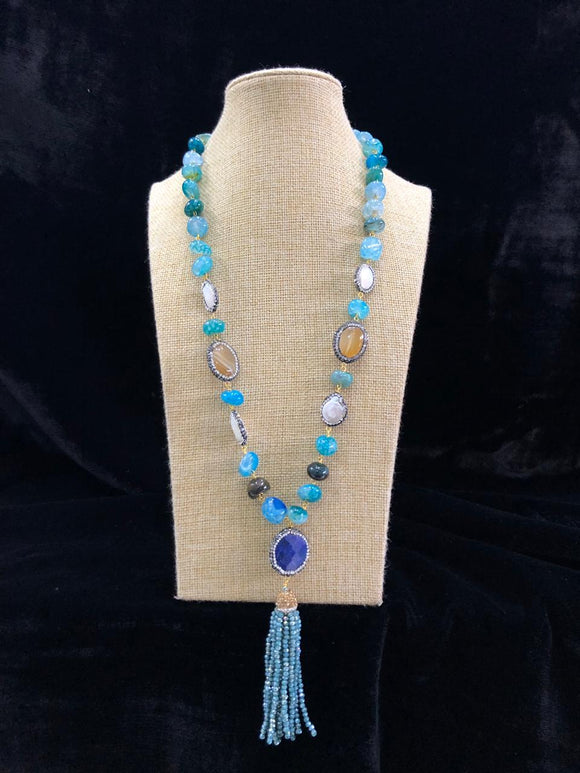 Blue Beaded Decorative Necklace