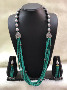 Incrediable Green Decorative Necklace Set