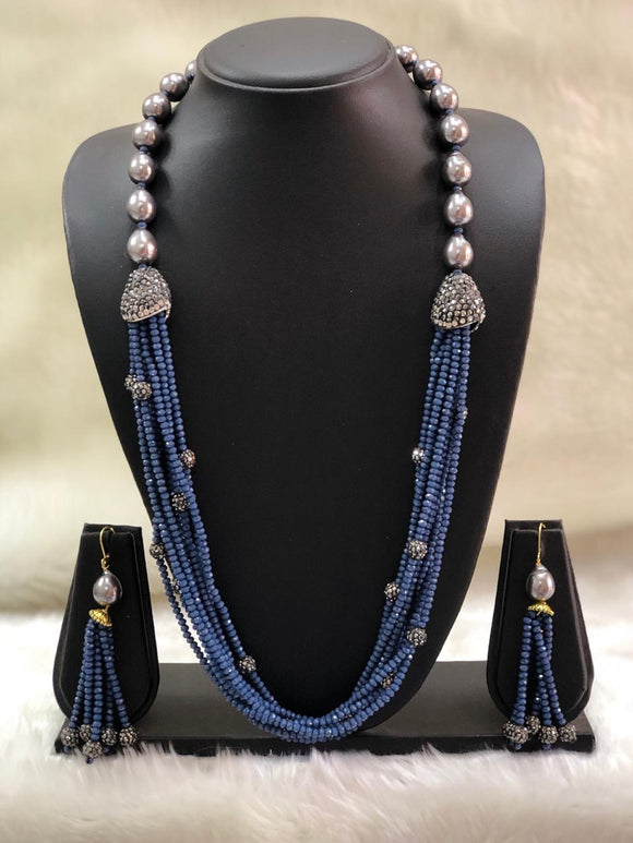 Incrediable Blue Decorative Necklace Set