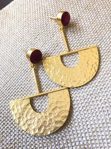 Exclusive Gold Hanging Earrings