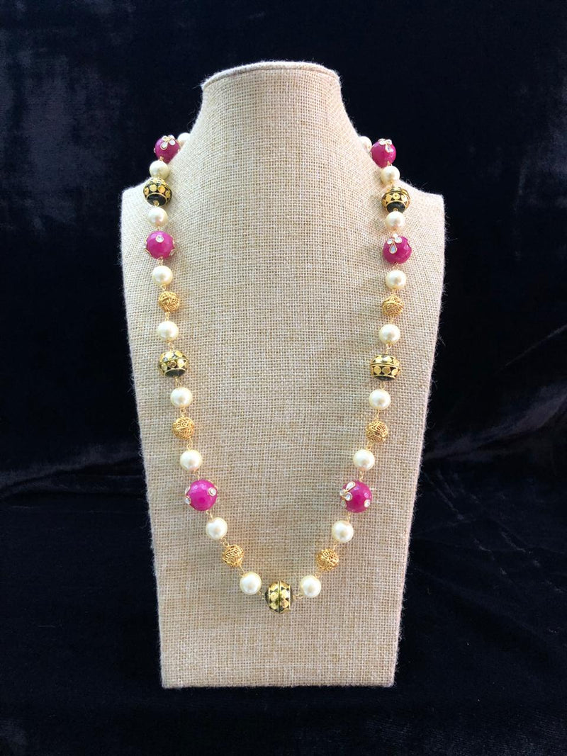 Single Line Pink and Gold Necklace