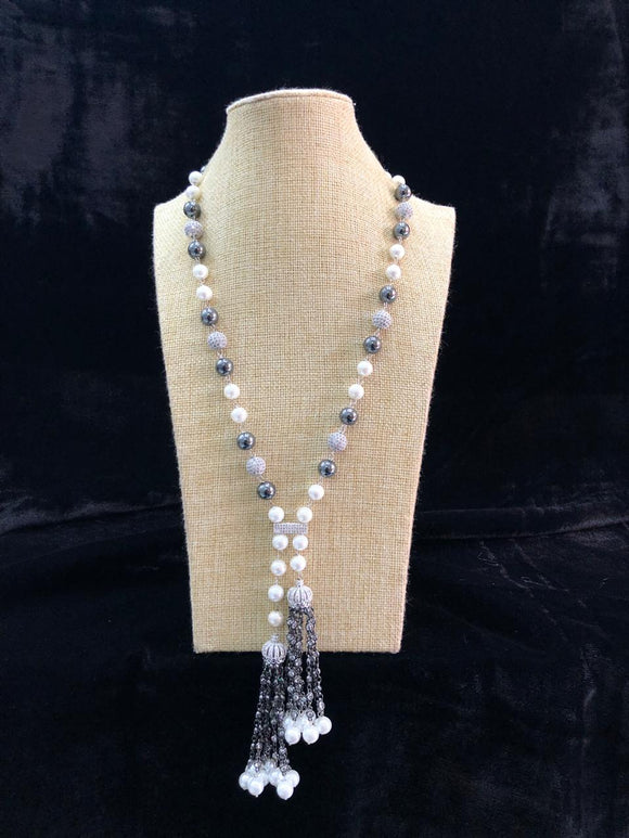 Stunning Shell Pearl Crystal Necklace
