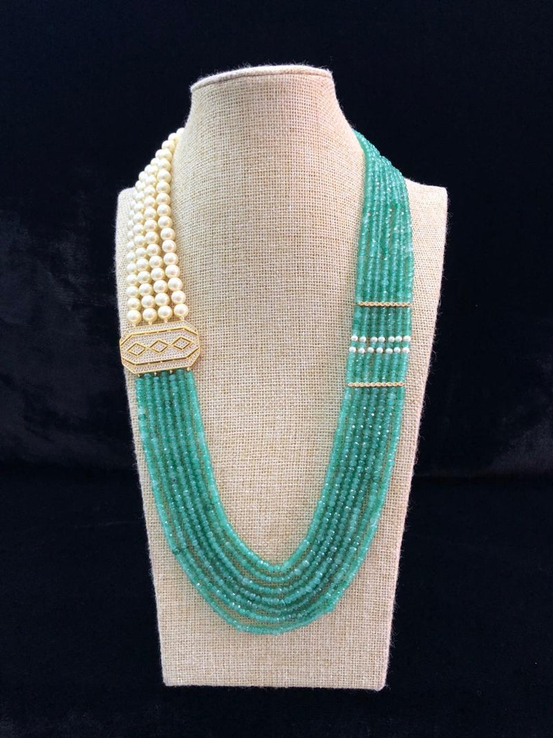 Centic Pendant Light Green Pearl Necklace